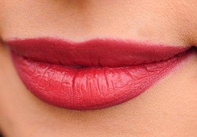 naturalne sposoby na powiększenie ust